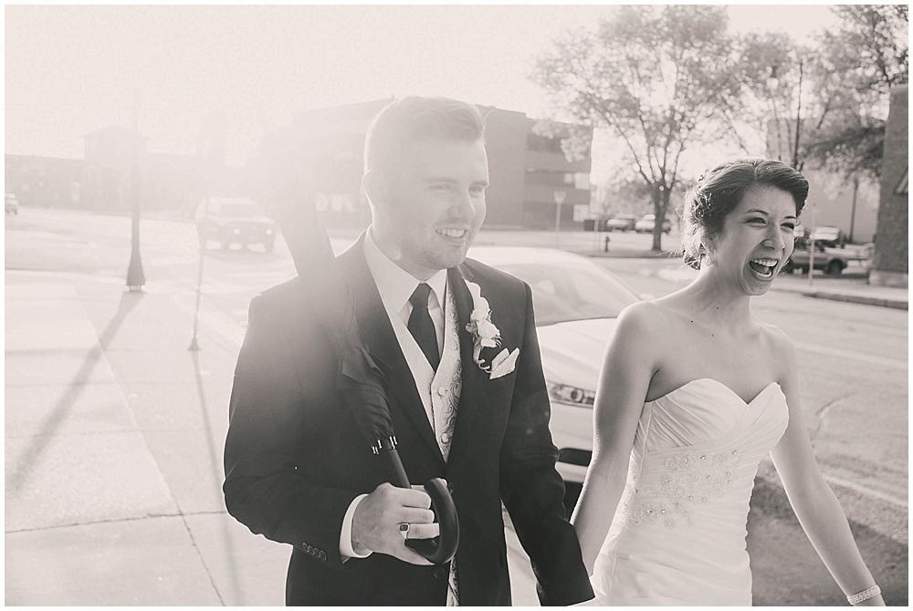 jennifer-travis-4104_zach_davis_fargo_wedding_photographer.jpg