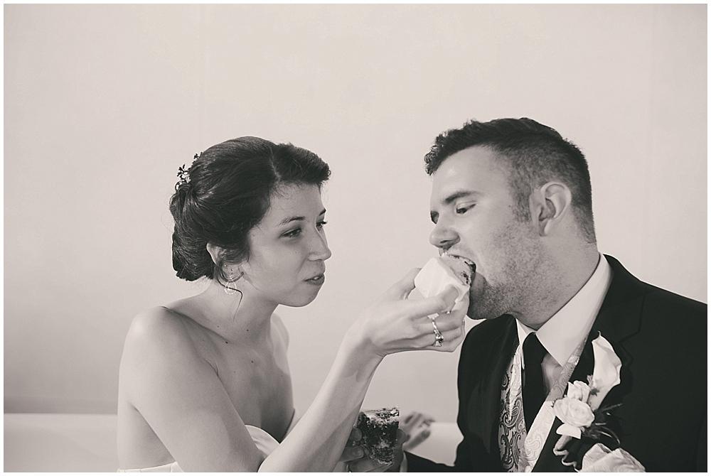 jennifer-travis-4226_zach_davis_fargo_wedding_photographer.jpg