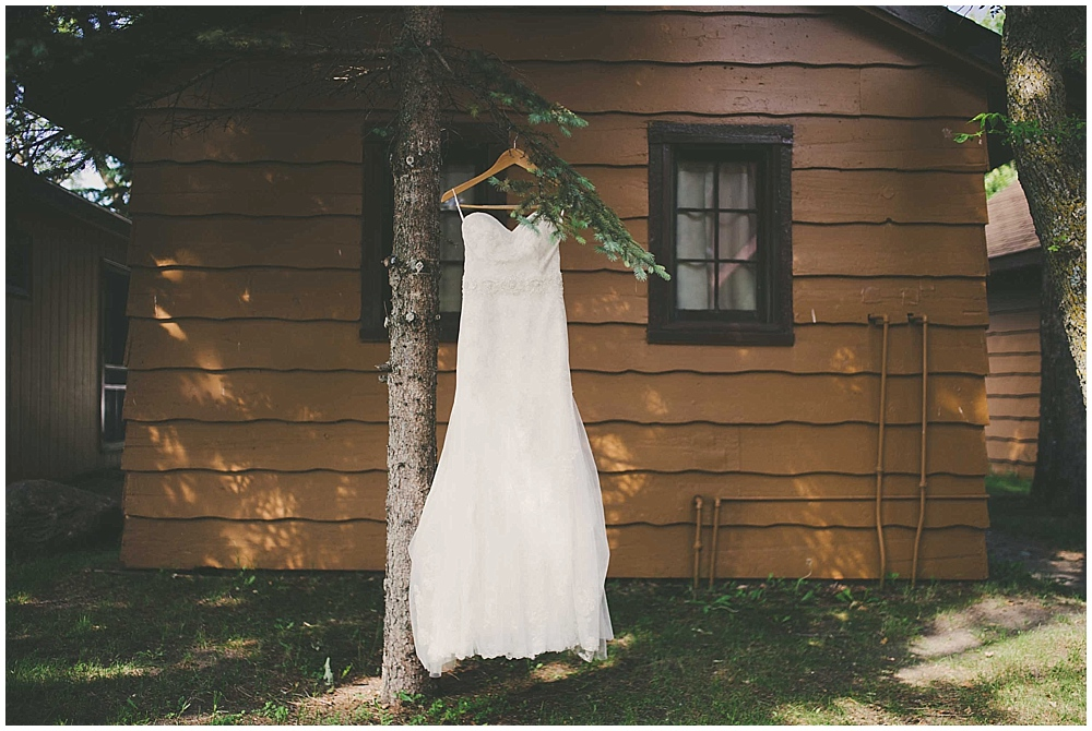 Amy-Petter-1120_zach_davis_fargo_wedding_photographer.jpg