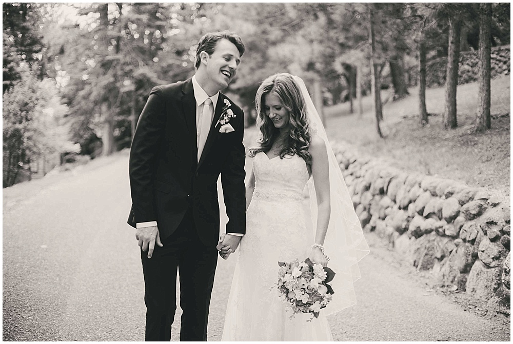 Amy-Petter-1748_zach_davis_fargo_wedding_photographer.jpg