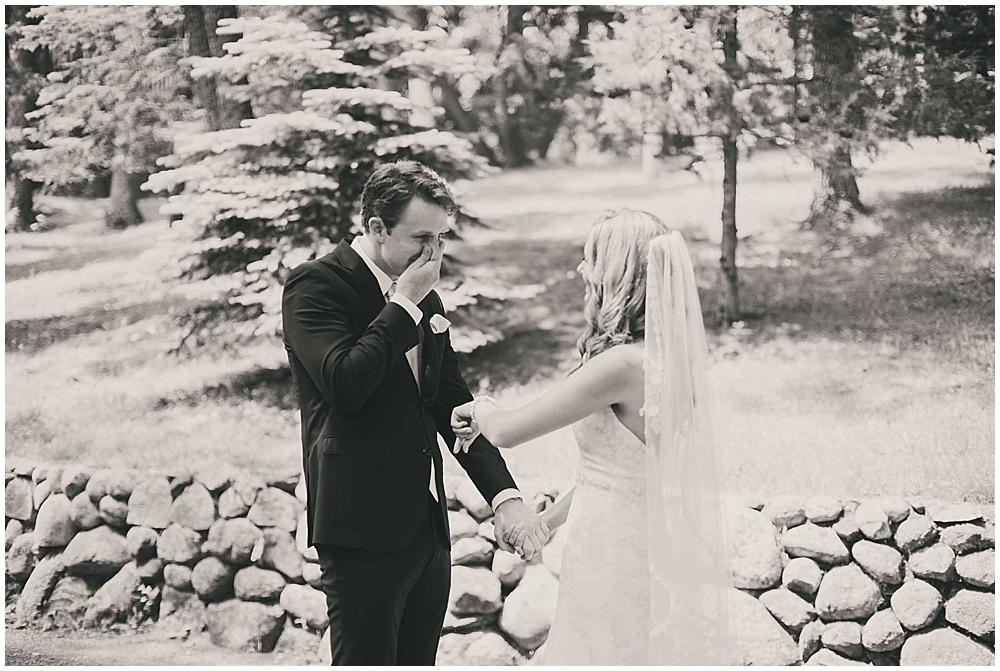 Amy-Petter-1678_zach_davis_fargo_wedding_photographer.jpg
