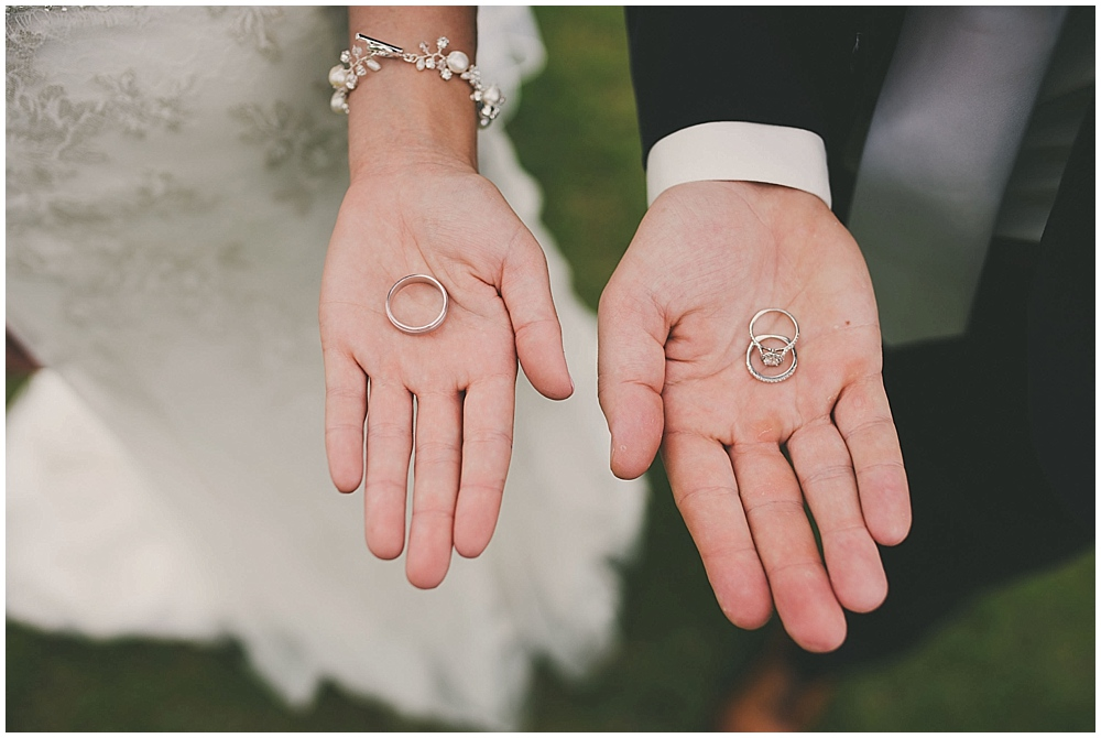 Amy-Petter-2292_zach_davis_fargo_wedding_photographer.jpg