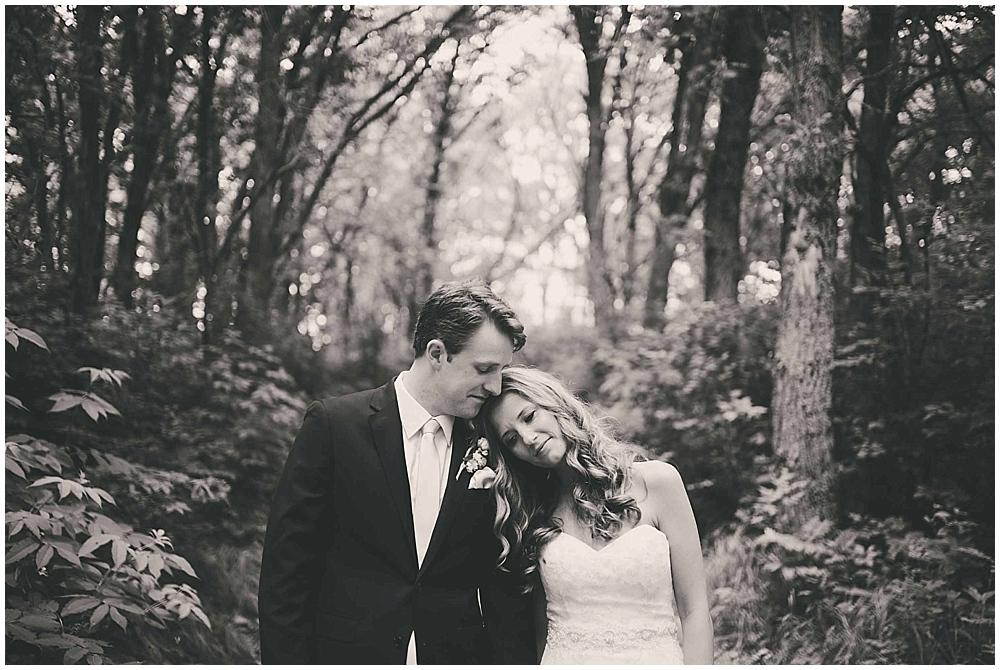 Amy-Petter-2511_zach_davis_fargo_wedding_photographer.jpg