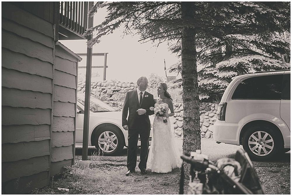 Amy-Petter-3184_zach_davis_fargo_wedding_photographer.jpg