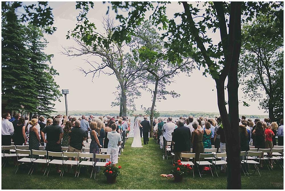 Amy-Petter-3217_zach_davis_fargo_wedding_photographer.jpg