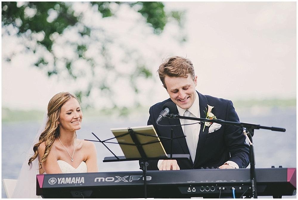 Amy-Petter-3502_zach_davis_fargo_wedding_photographer.jpg