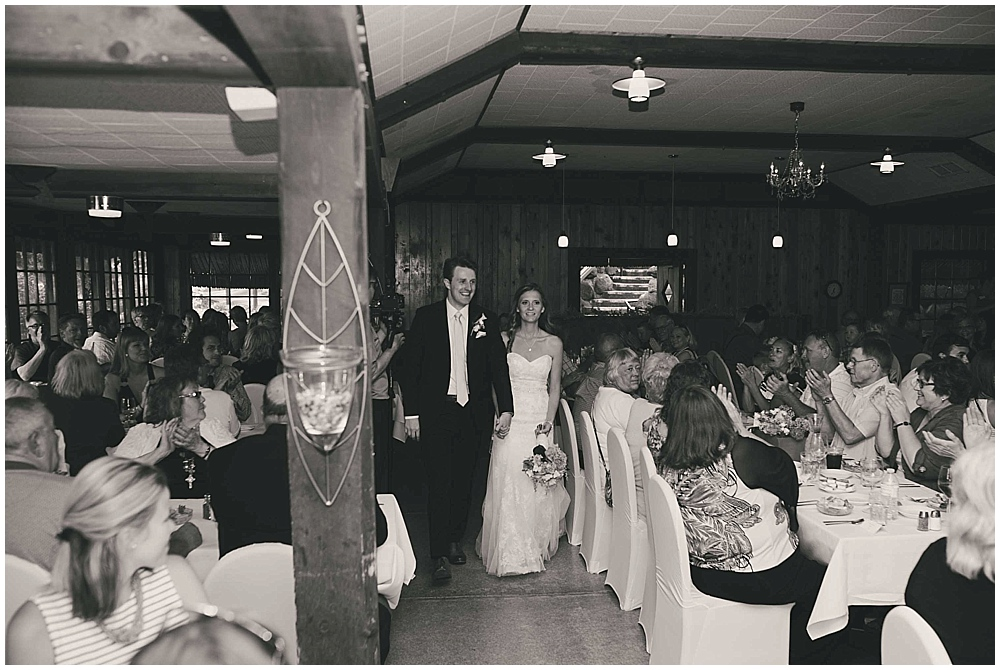 Amy-Petter-3883_zach_davis_fargo_wedding_photographer.jpg