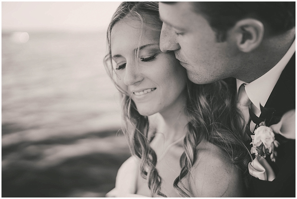 Amy-Petter-4226_zach_davis_fargo_wedding_photographer.jpg