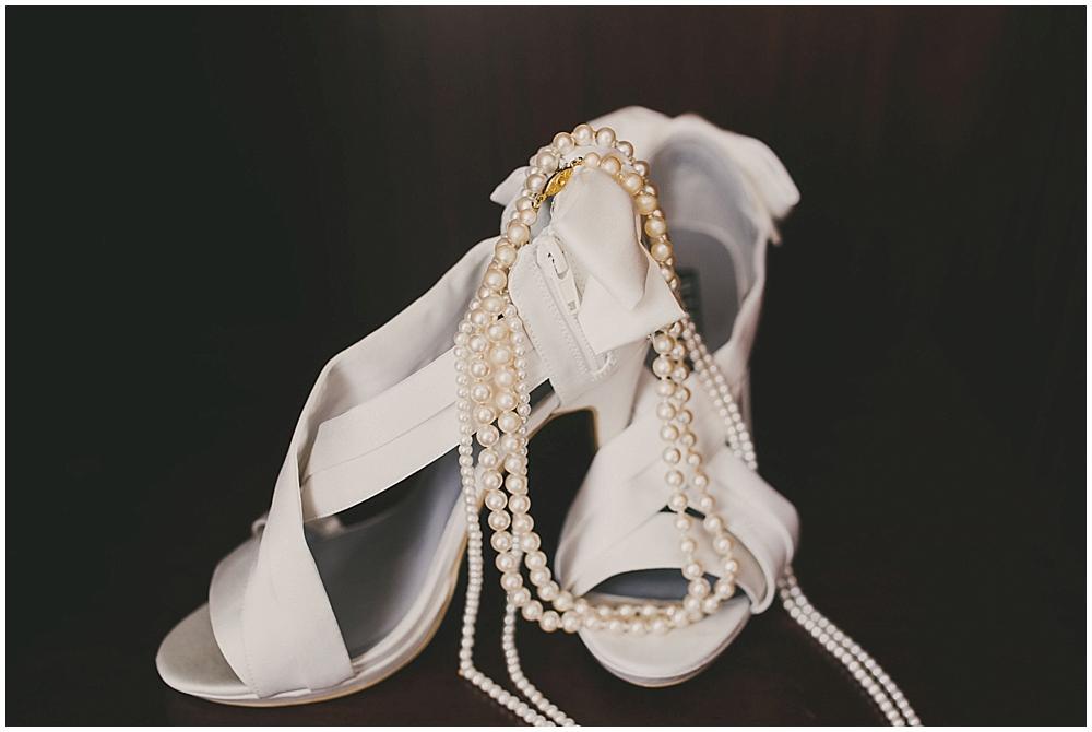 heather-stephen-1107_zach_davis_fargo_wedding_photographer.jpg