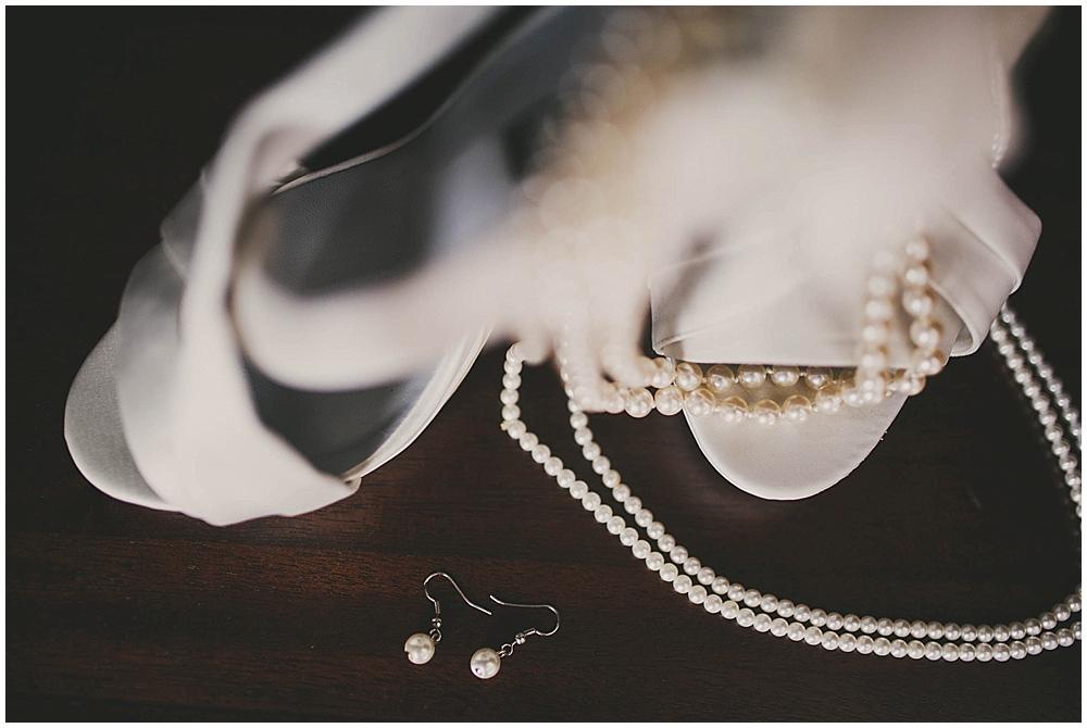 heather-stephen-1114_zach_davis_fargo_wedding_photographer.jpg