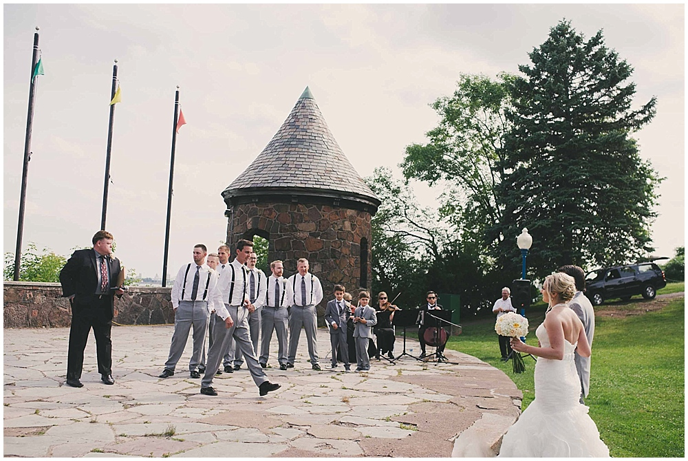 heather-stephen-3216_zach_davis_fargo_wedding_photographer.jpg