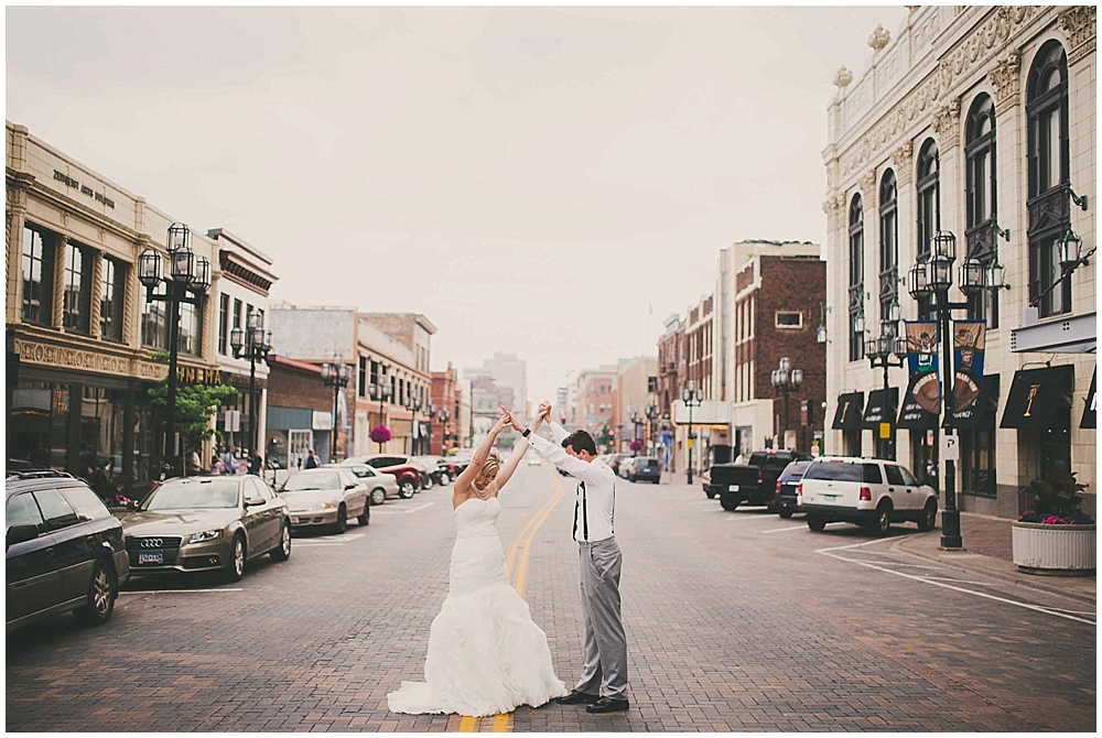 heather-stephen-3824_zach_davis_fargo_wedding_photographer.jpg