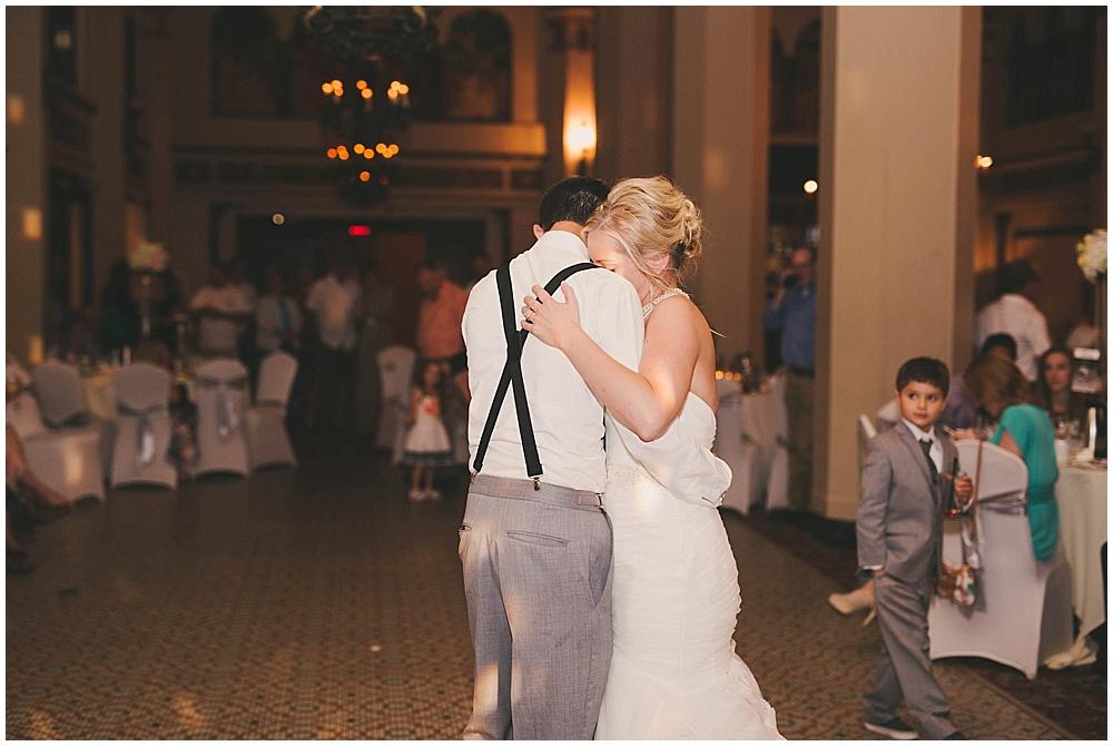 heather-stephen-4473_zach_davis_fargo_wedding_photographer.jpg
