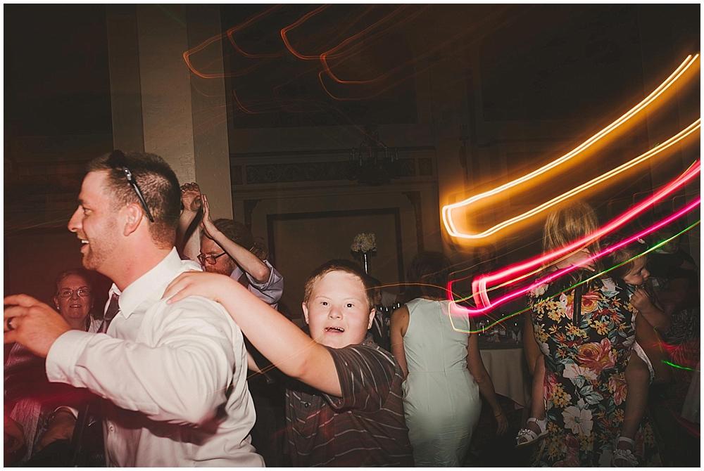 heather-stephen-5071_zach_davis_fargo_wedding_photographer.jpg