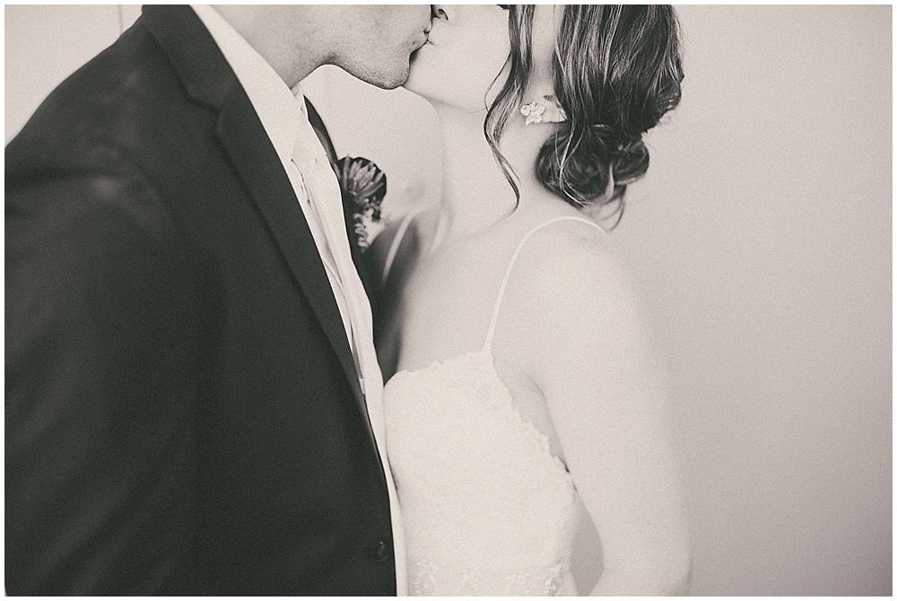 Kenzie-Aaron-3260_zach_davis_fargo_wedding_photographer.jpg