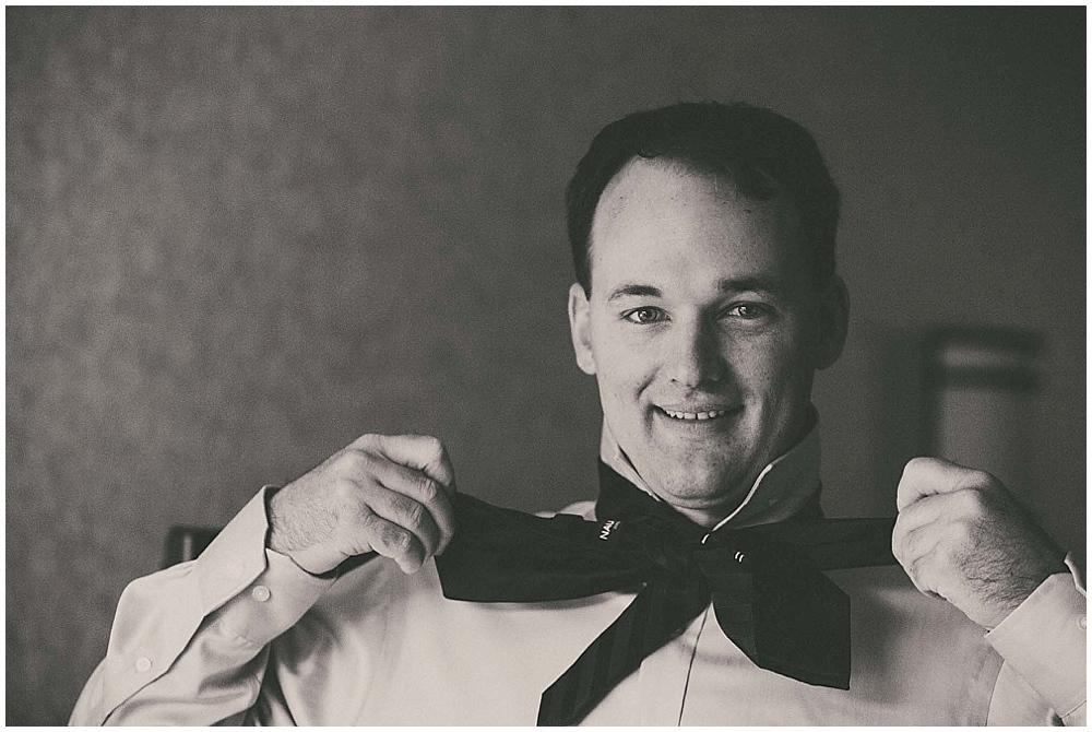 Gabby-Joey-1142_zach_davis_fargo_wedding_photographer.jpg