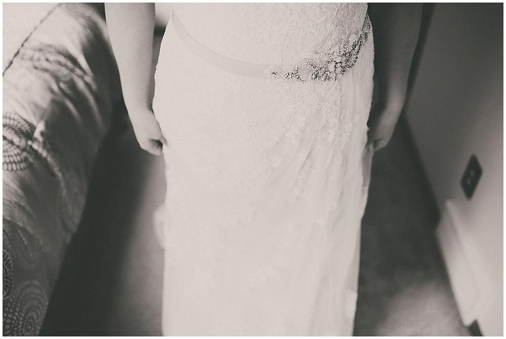 Gabby-Joey-1153_zach_davis_fargo_wedding_photographer.jpg
