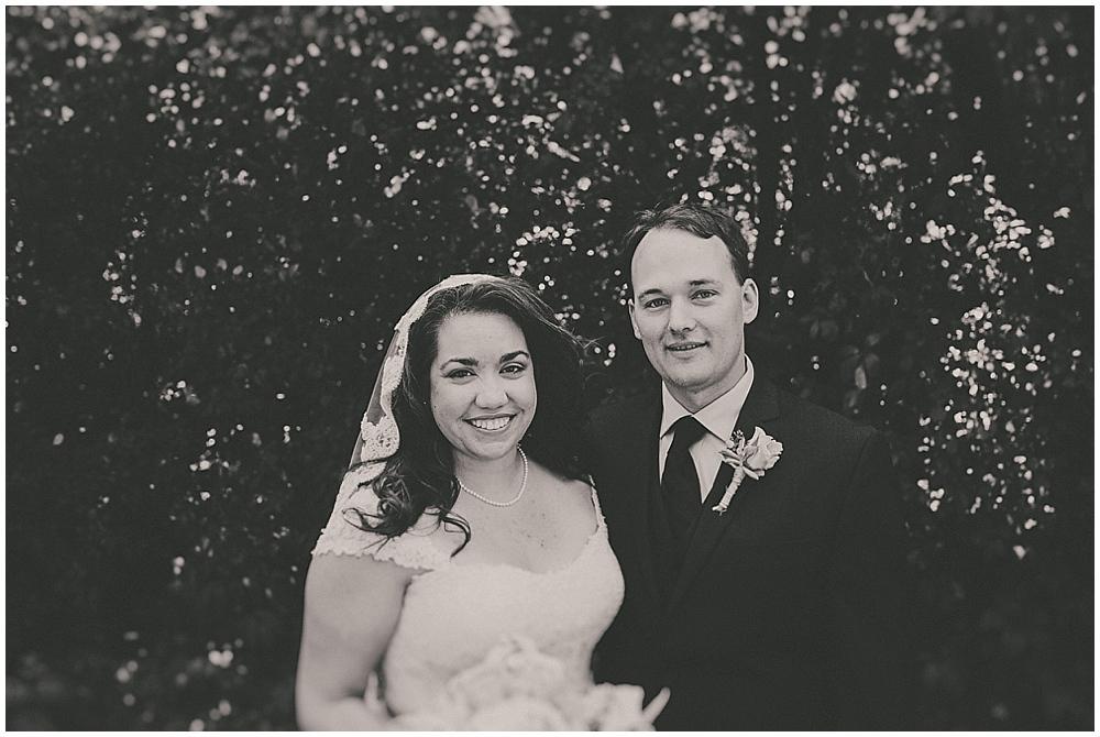 Gabby-Joey-1293_zach_davis_fargo_wedding_photographer.jpg