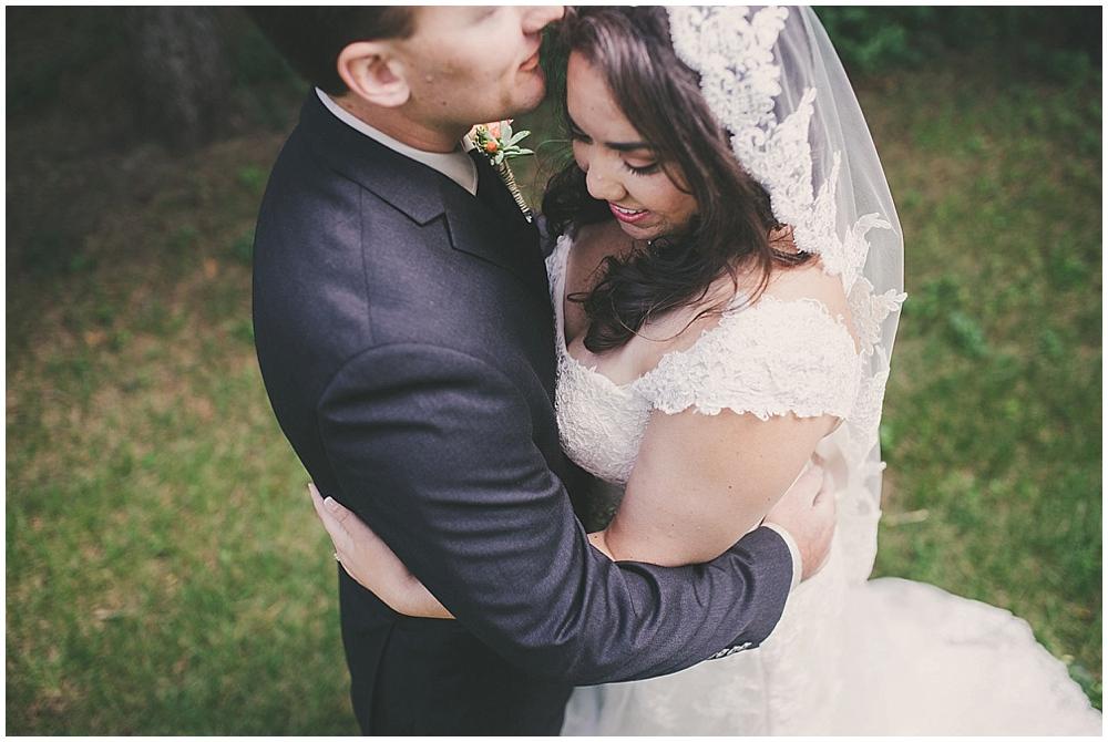 Gabby-Joey-1394_zach_davis_fargo_wedding_photographer.jpg