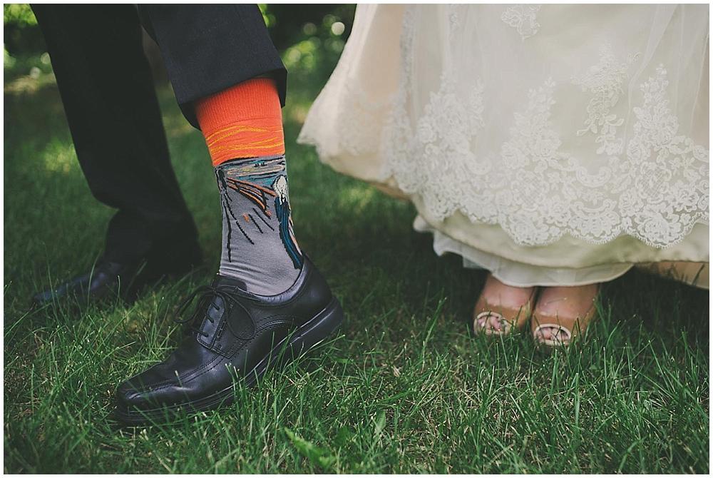 Gabby-Joey-1399_zach_davis_fargo_wedding_photographer.jpg