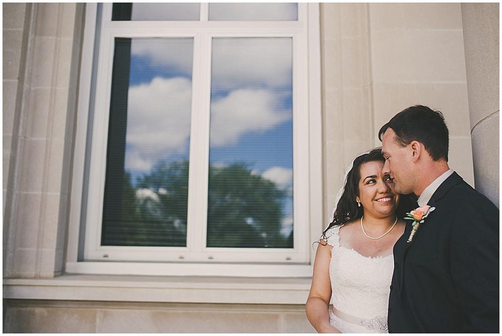 Gabby-Joey-1523_zach_davis_fargo_wedding_photographer.jpg