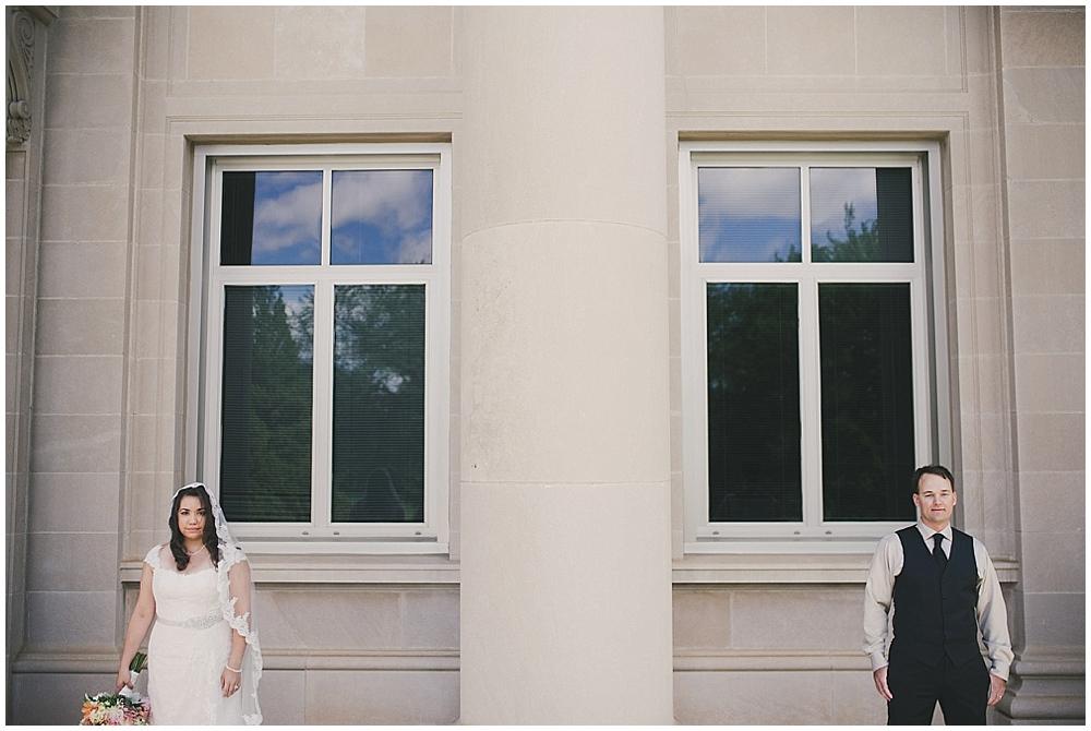Gabby-Joey-1557_zach_davis_fargo_wedding_photographer.jpg