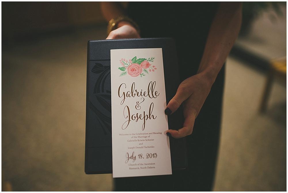 Gabby-Joey-1784_zach_davis_fargo_wedding_photographer.jpg