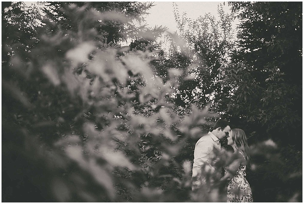 Stephanie-Zach-1441_zach_davis_fargo_wedding_photographer.jpg
