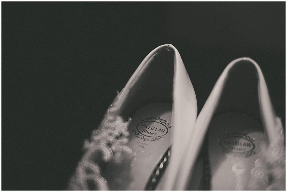 Shawna-Matt-1120_zach_davis_fargo_wedding_photographer.jpg