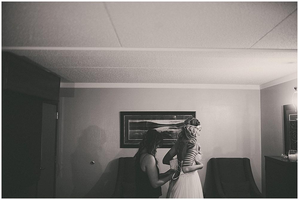 Shawna-Matt-1205_zach_davis_fargo_wedding_photographer.jpg