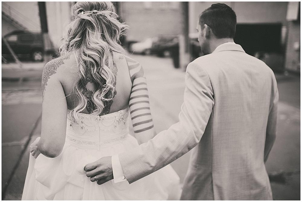 Shawna-Matt-1451_zach_davis_fargo_wedding_photographer.jpg