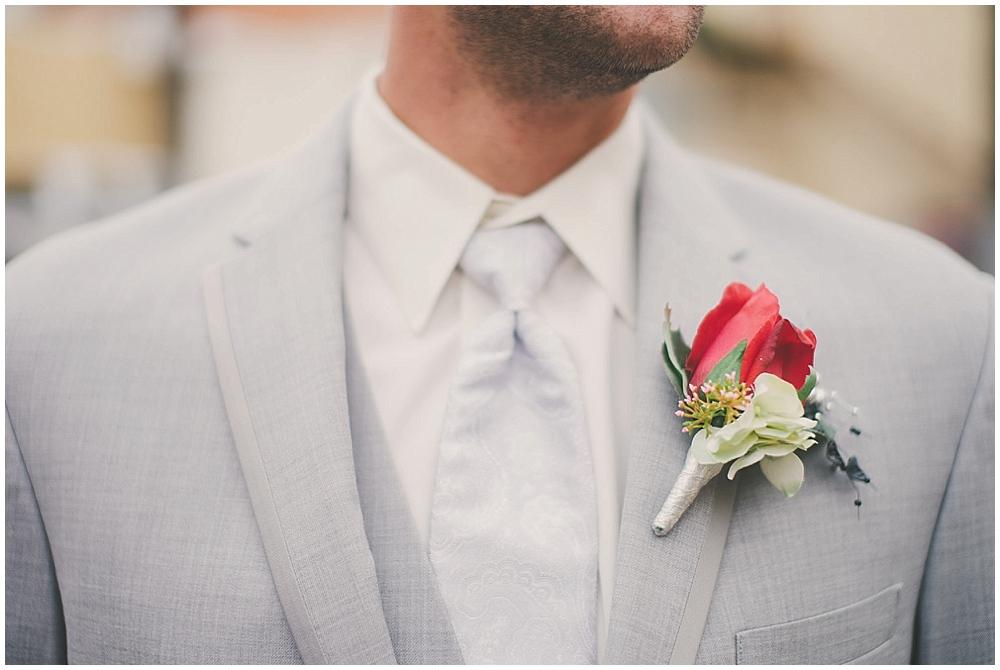 Shawna-Matt-1502_zach_davis_fargo_wedding_photographer.jpg