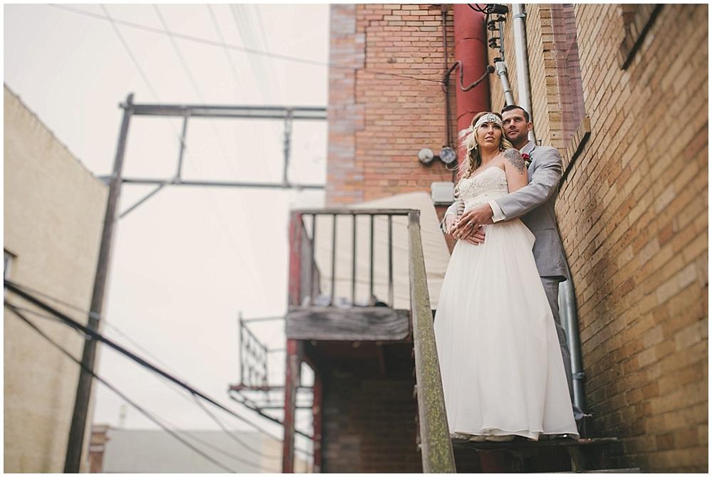 Shawna-Matt-1568_zach_davis_fargo_wedding_photographer.jpg