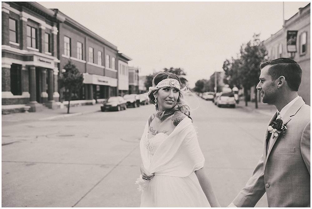 Shawna-Matt-1752_zach_davis_fargo_wedding_photographer.jpg