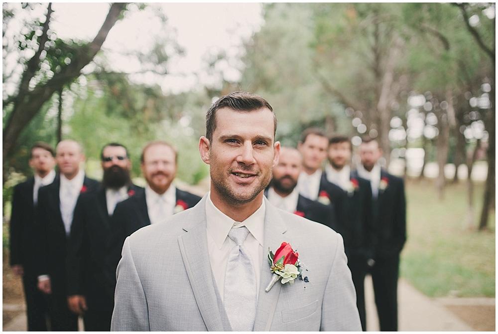 Shawna-Matt-1929_zach_davis_fargo_wedding_photographer.jpg
