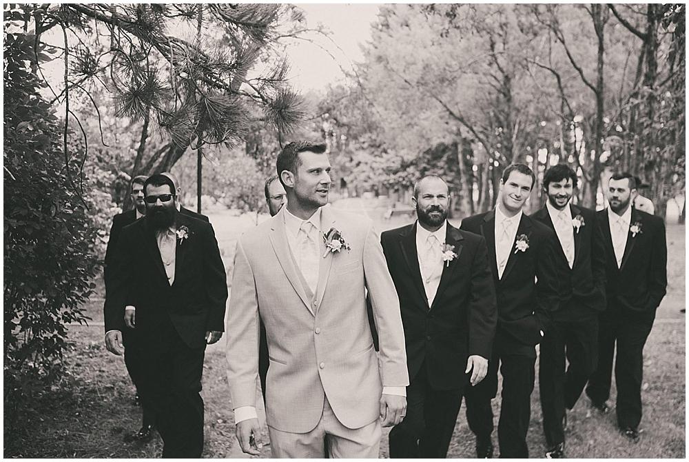 Shawna-Matt-1937_zach_davis_fargo_wedding_photographer.jpg