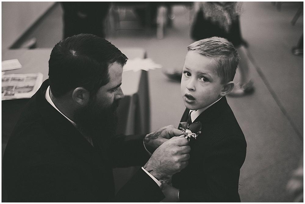 Shawna-Matt-2334_zach_davis_fargo_wedding_photographer.jpg