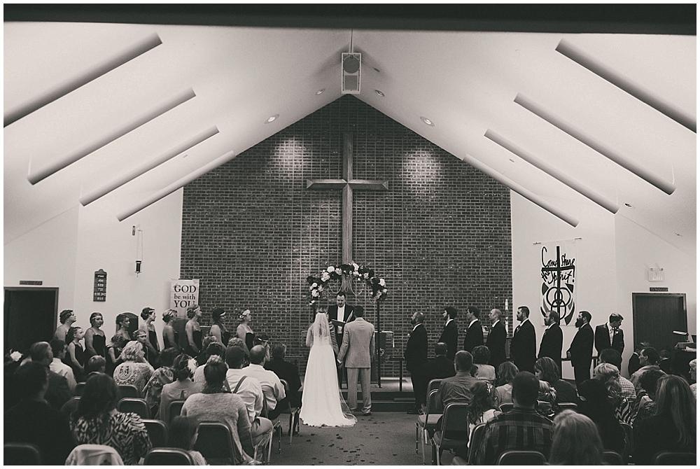 Shawna-Matt-2542_zach_davis_fargo_wedding_photographer.jpg