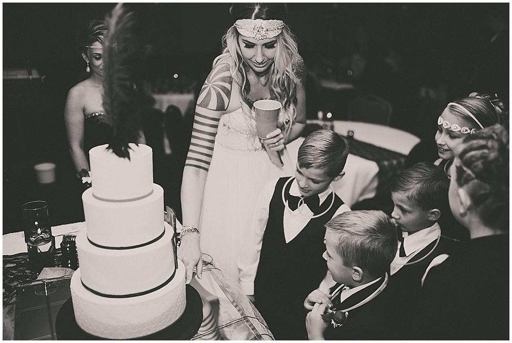 Shawna-Matt-3203_zach_davis_fargo_wedding_photographer.jpg