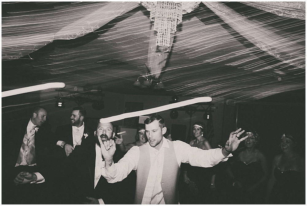 Shawna-Matt-3893_zach_davis_fargo_wedding_photographer.jpg