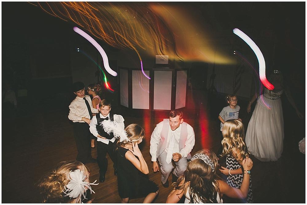 Shawna-Matt-4539_zach_davis_fargo_wedding_photographer.jpg