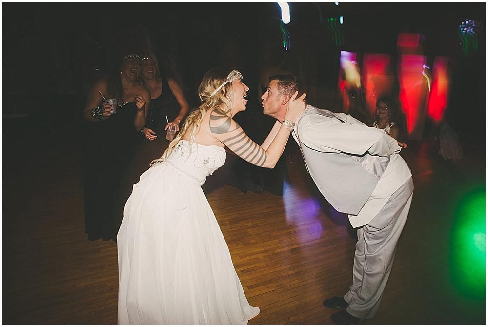 Shawna-Matt-4677_zach_davis_fargo_wedding_photographer.jpg
