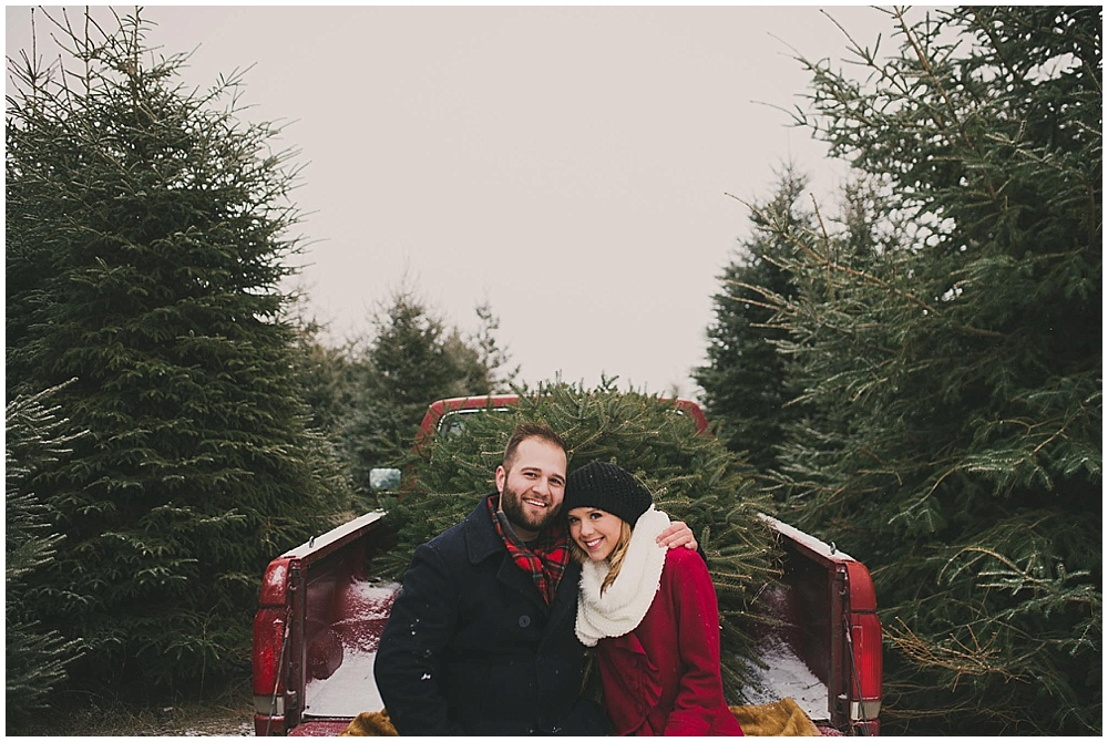 Katelyn-Jon-1222_zach_davis_fargo_wedding_photographer.jpg