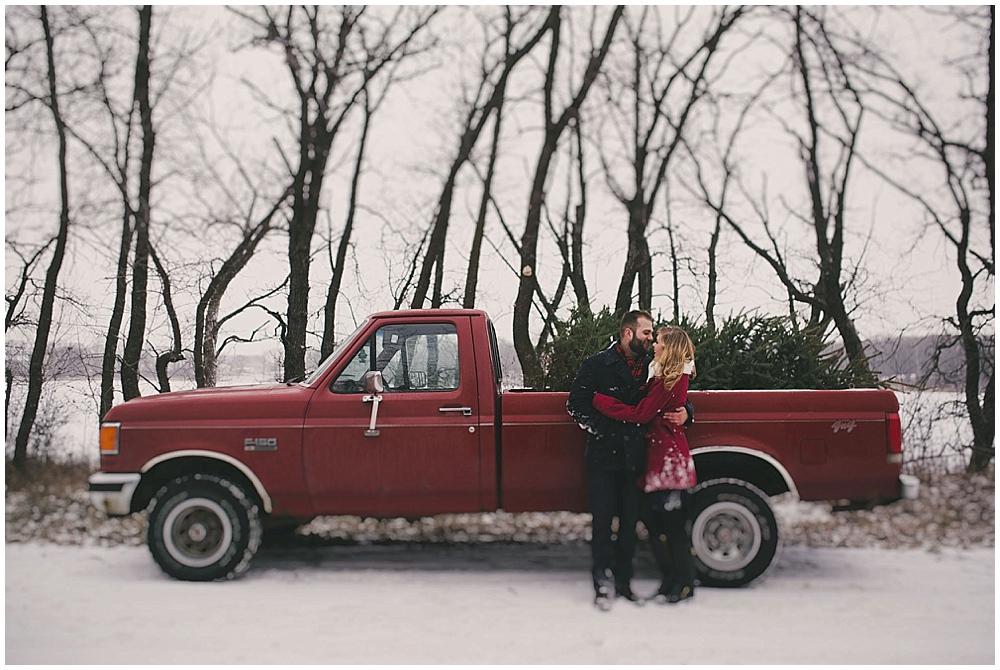 Katelyn-Jon-1596_zach_davis_fargo_wedding_photographer.jpg