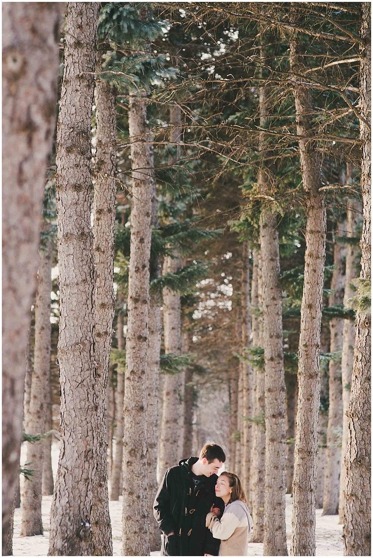 Lindsay-Jay-1236_zach_davis_fargo_wedding_photographer.jpg