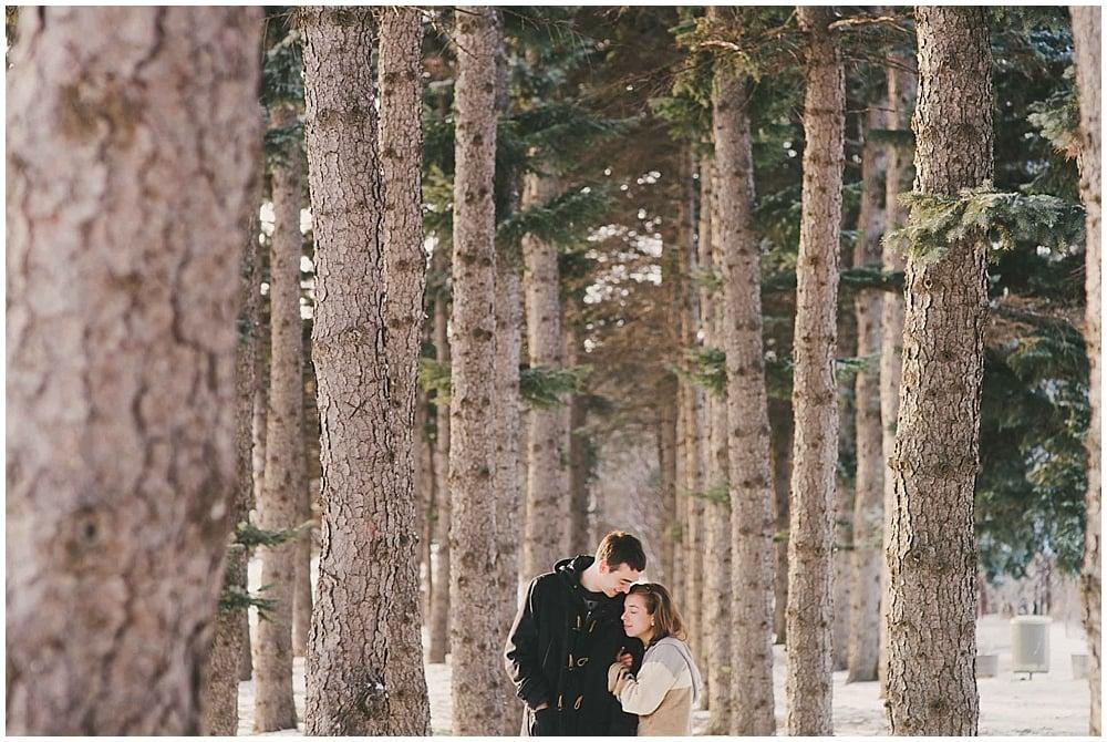 Lindsay-Jay-1237_zach_davis_fargo_wedding_photographer.jpg