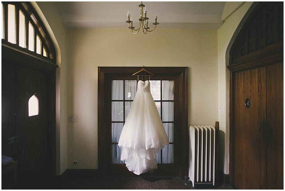Lindsay-Jay-1094_zach_davis_fargo_wedding_photographer.jpg