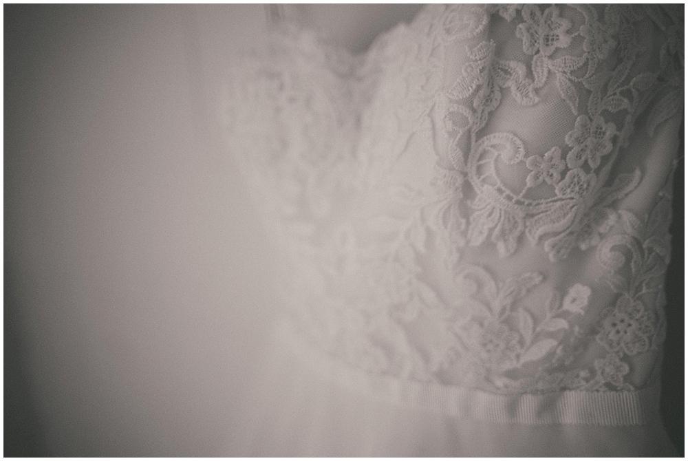 Lindsay-Jay-1148_zach_davis_fargo_wedding_photographer.jpg