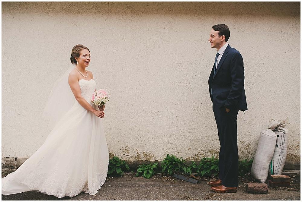 Lindsay-Jay-1615_zach_davis_fargo_wedding_photographer.jpg