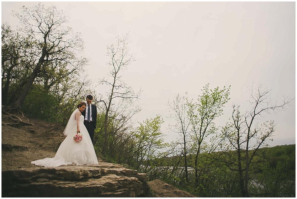 Lindsay-Jay-1869_zach_davis_fargo_wedding_photographer.jpg
